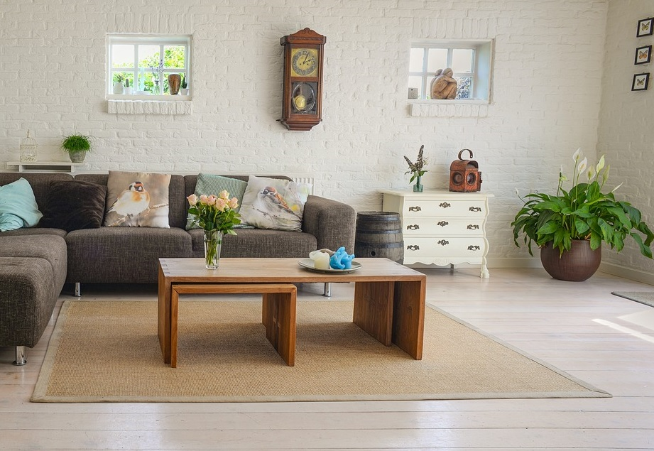 living room nesting table